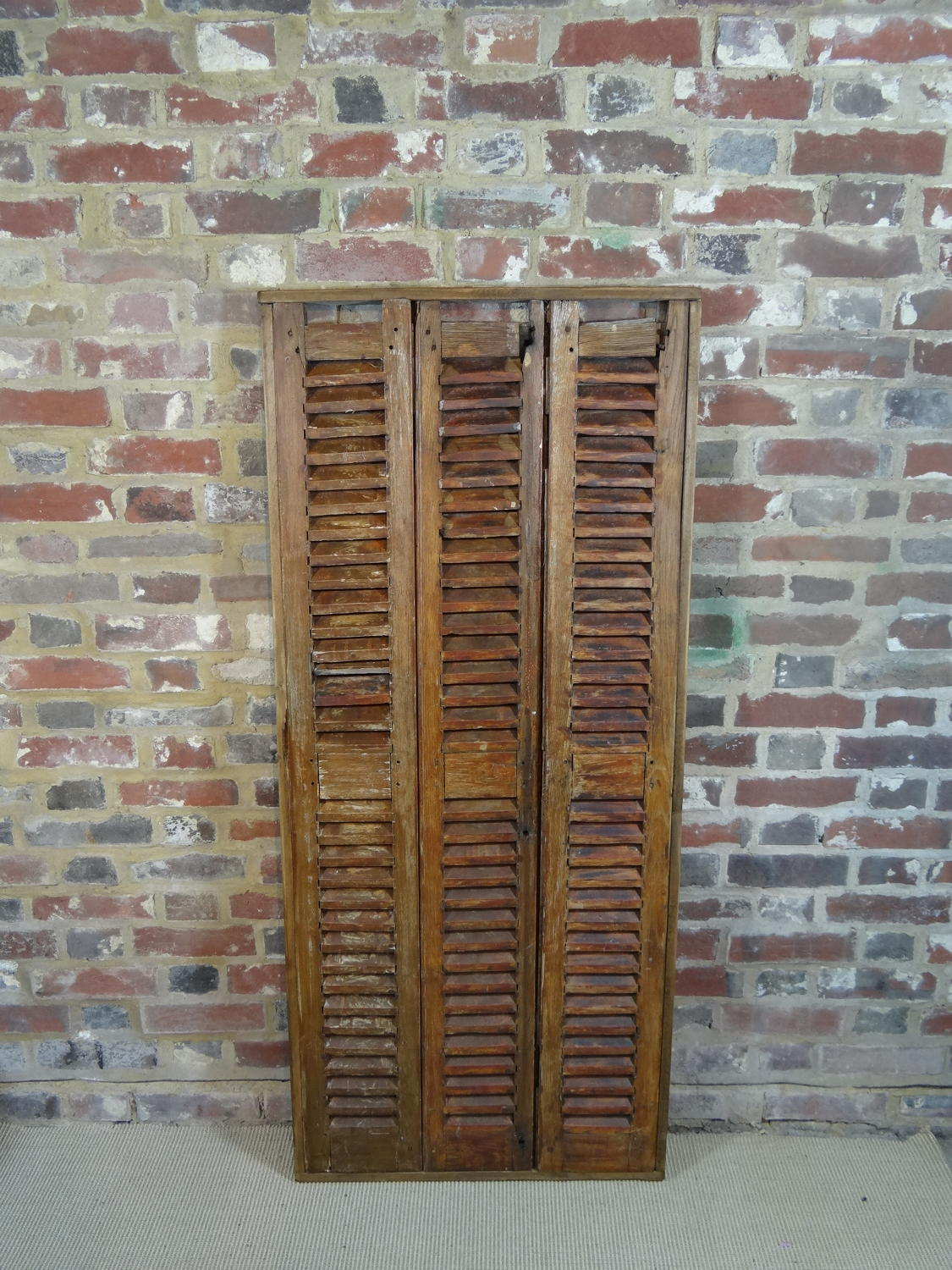 Provencal shutters