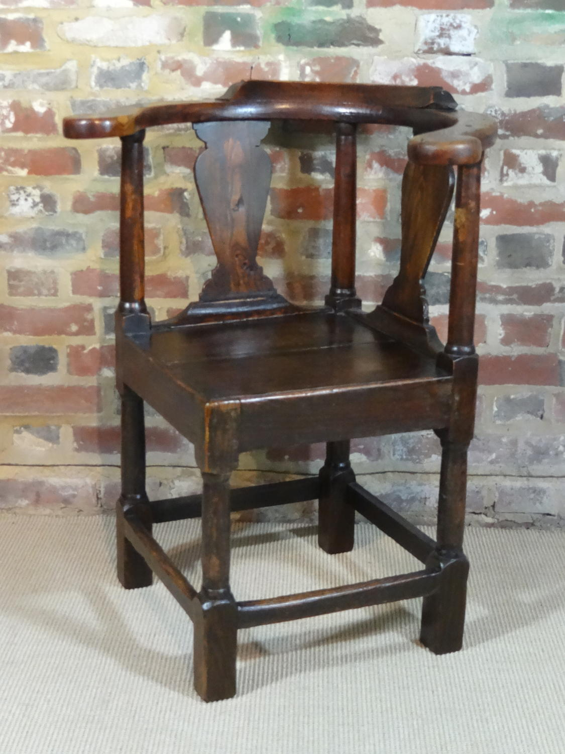 Oak corner chair