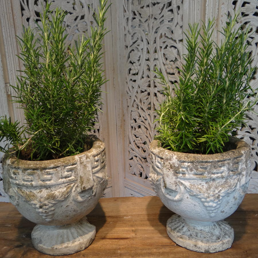 A pair of composite urns